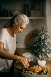Activities for seniors to combat holiday loneliness